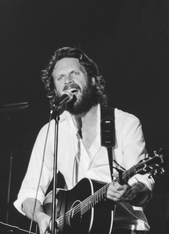 Father John Misty, 2013 (cropped).jpg