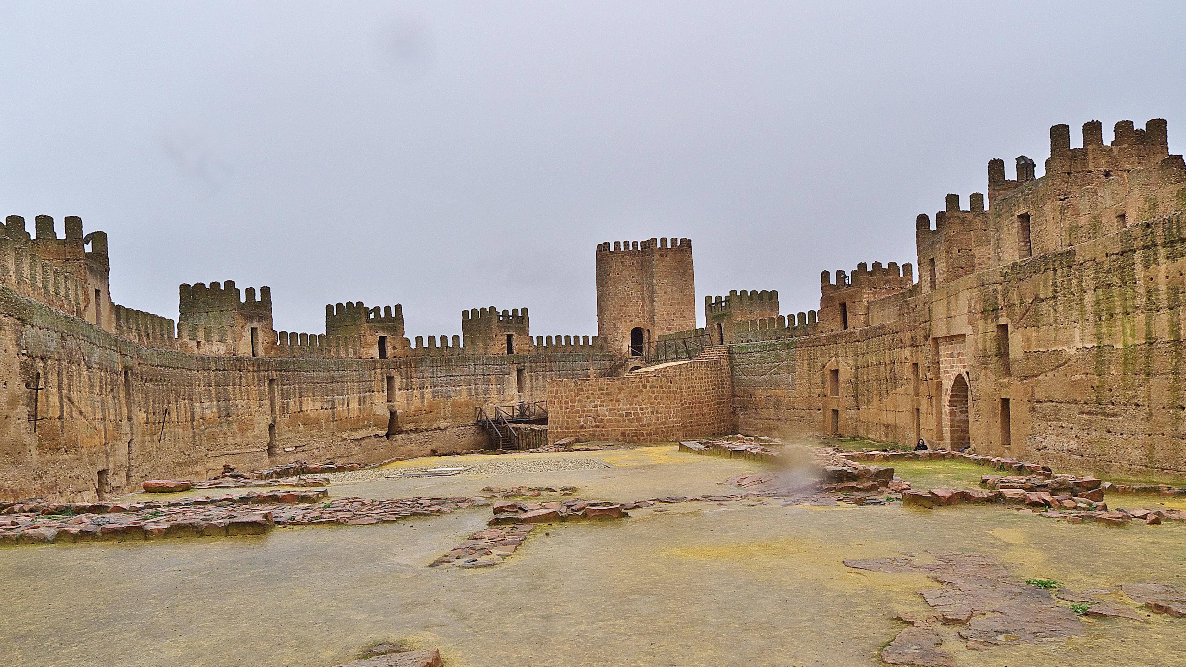 Archivo fortaleza de burgalimar ba os de la encina ja wikipedia la enciclopedia libre - Castillo de banos de la encina ...