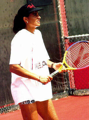 Sabatini practicing in the early 1990s Gabriela Sabatini.jpg