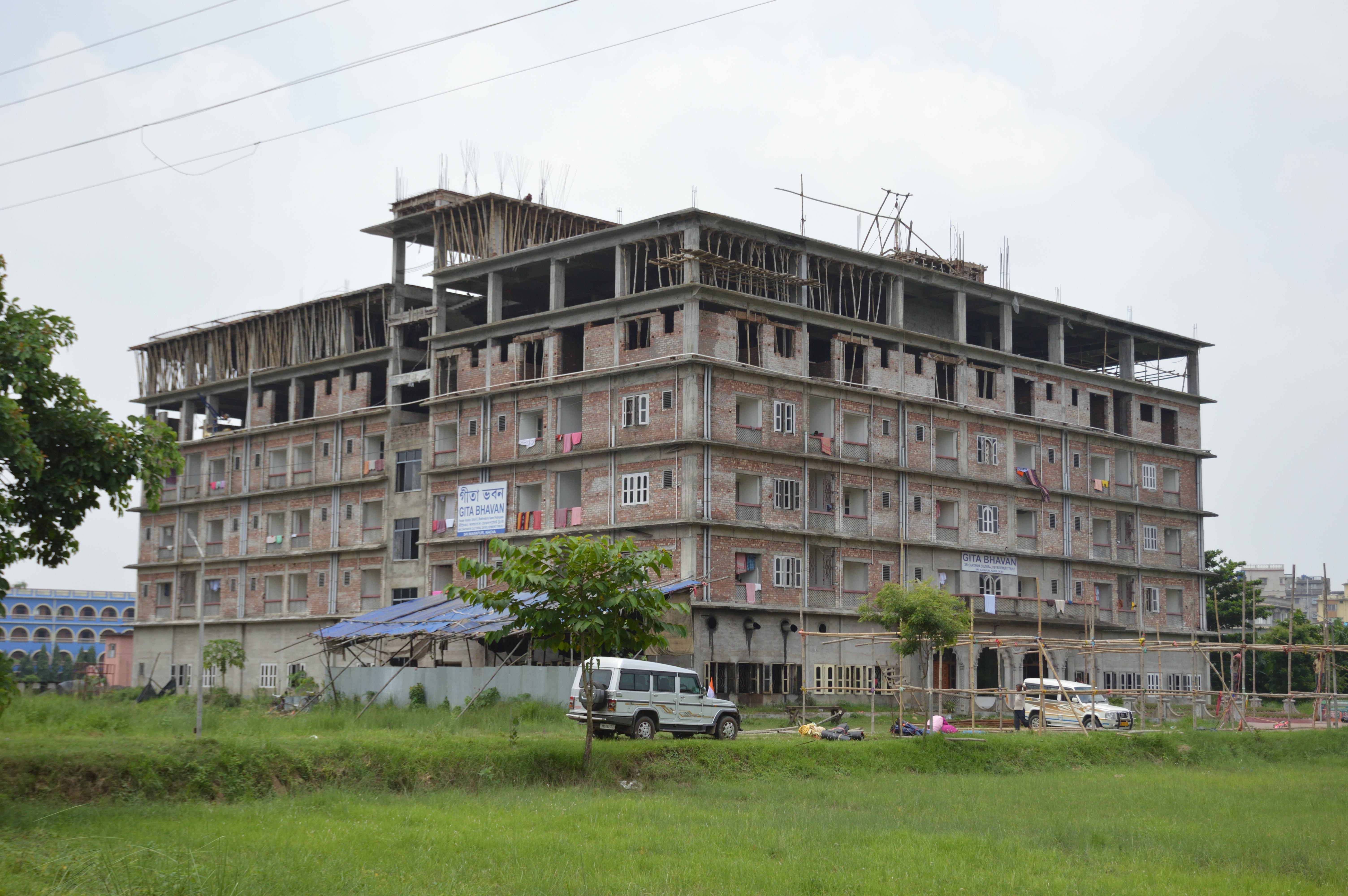 File:Gita Bhavan - ISKCON Campus - Mayapur - Nadia 2017-08