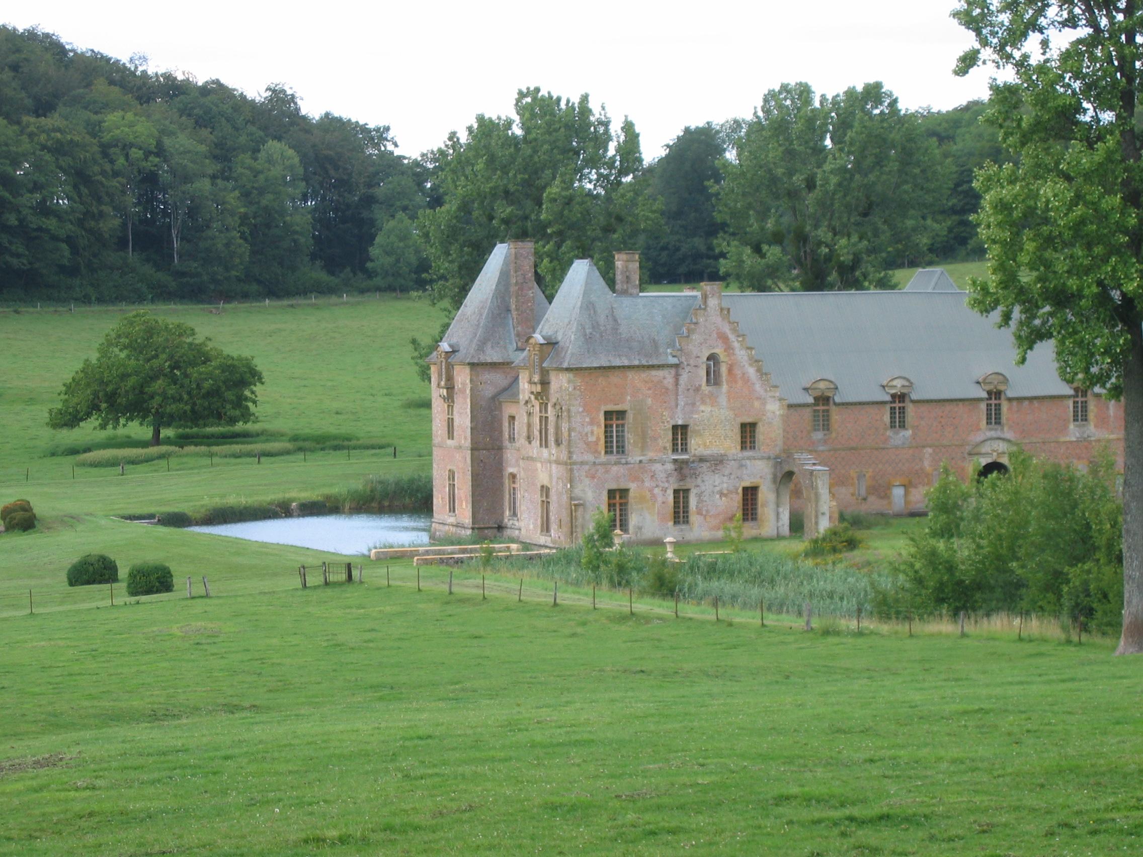 Grand_corps_de_logis_Chartreuse_du_Mont-Dieu_Ardennes_France.jpg