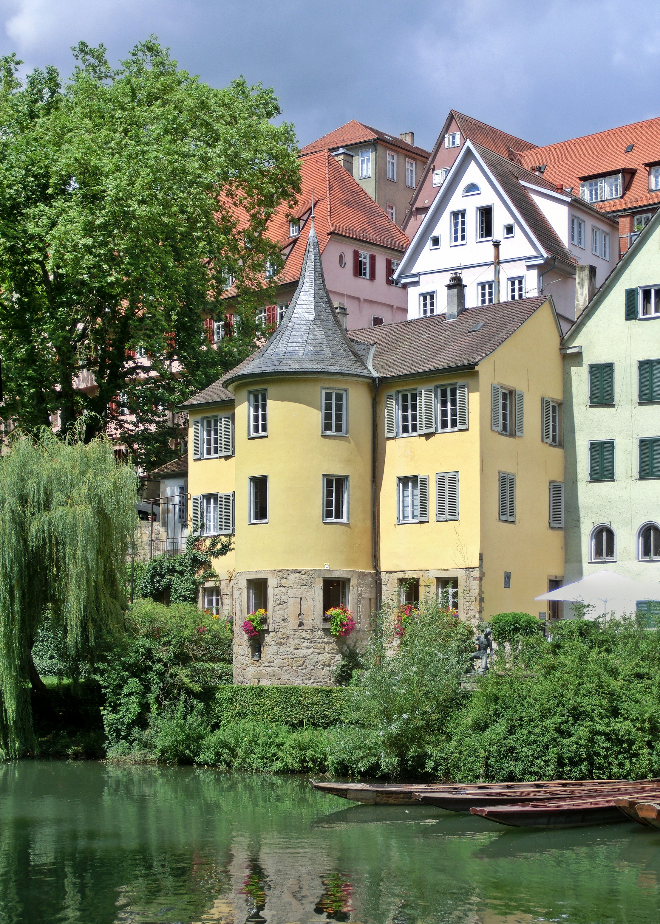Hölderlinturm Tübingen Juli 2016.jpg