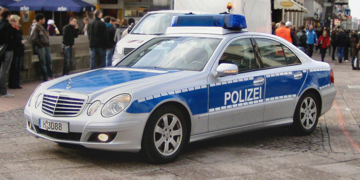 Streifenwagen der Polizei in Deutschland