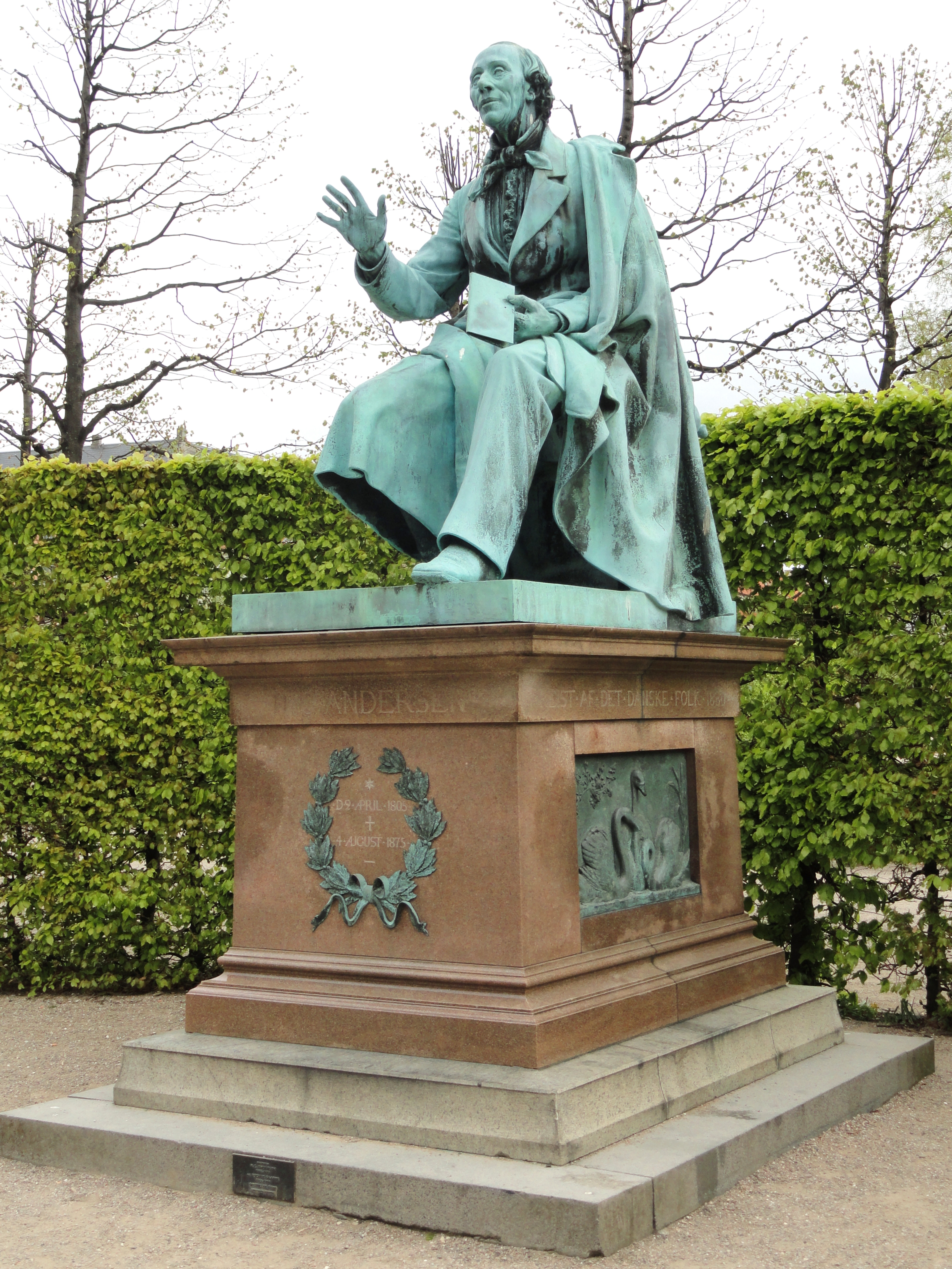 Hans Christian Andersen Statue In Kongens Have Copenhagen Dsc also Hans Christian Andersen Tallow Candle in addition Anime Male Hair Drawing in addition Hans Christian And A also A Fea A C De D C A F D Jm Barrie Peter Pan. on the tallow candle fairy tale