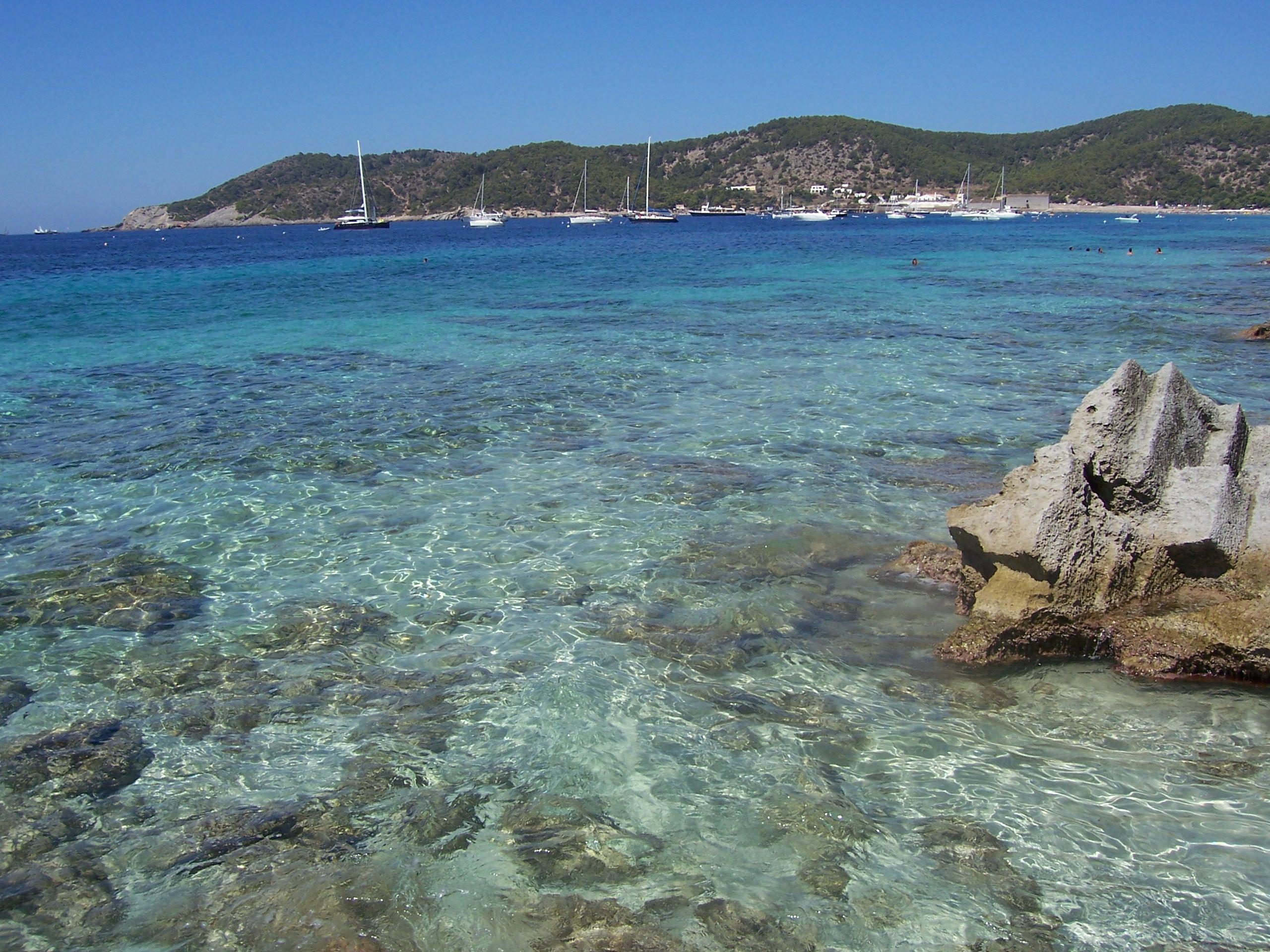 Alojamiento en Ibiza desde 12€ por persona