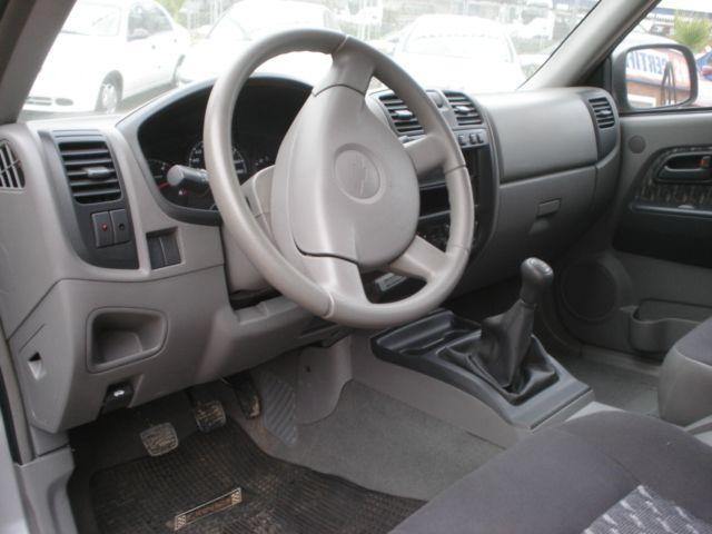 File:Interior Luv D-Max.JPG