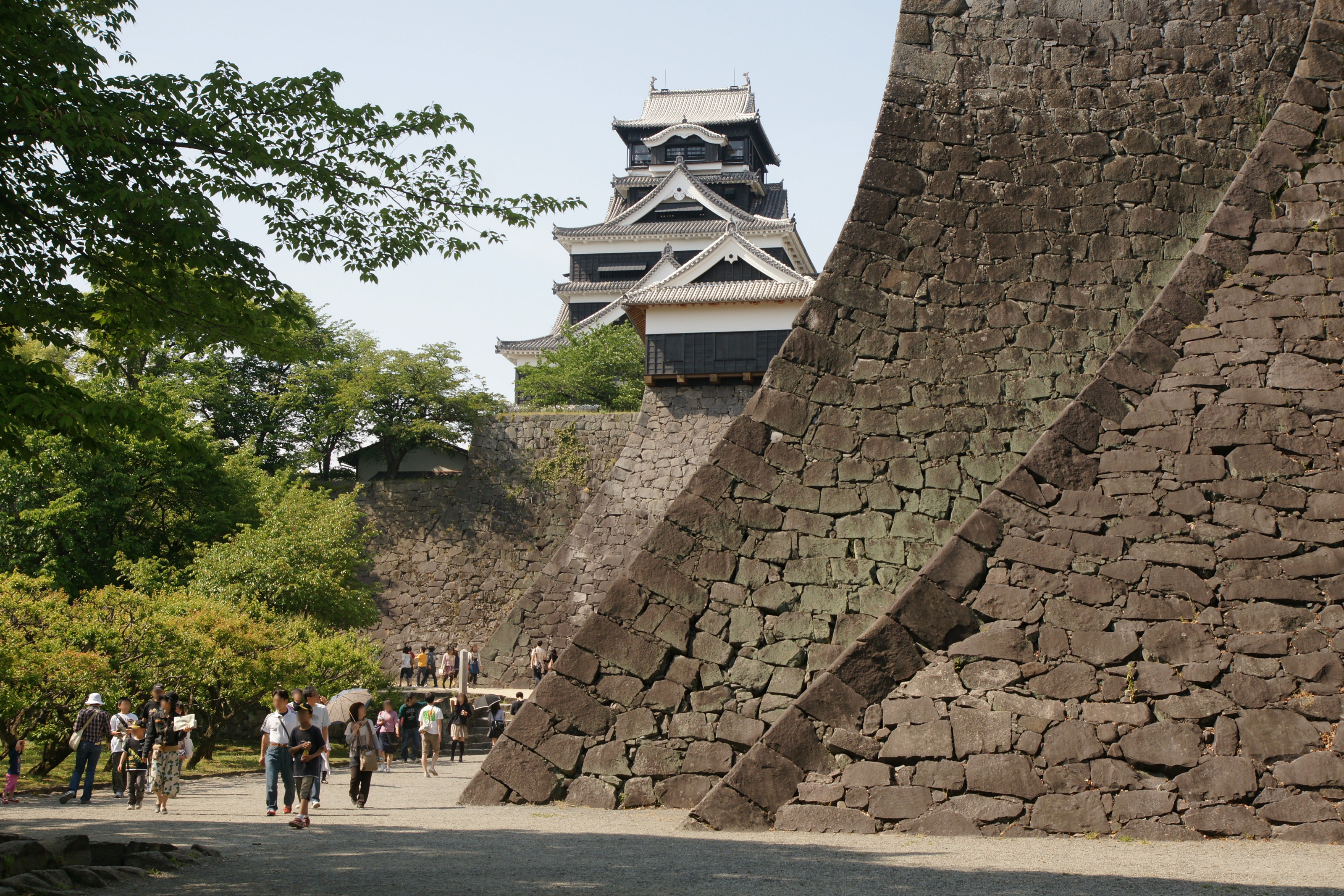 Kumamoto Castle 02n3200.jpg