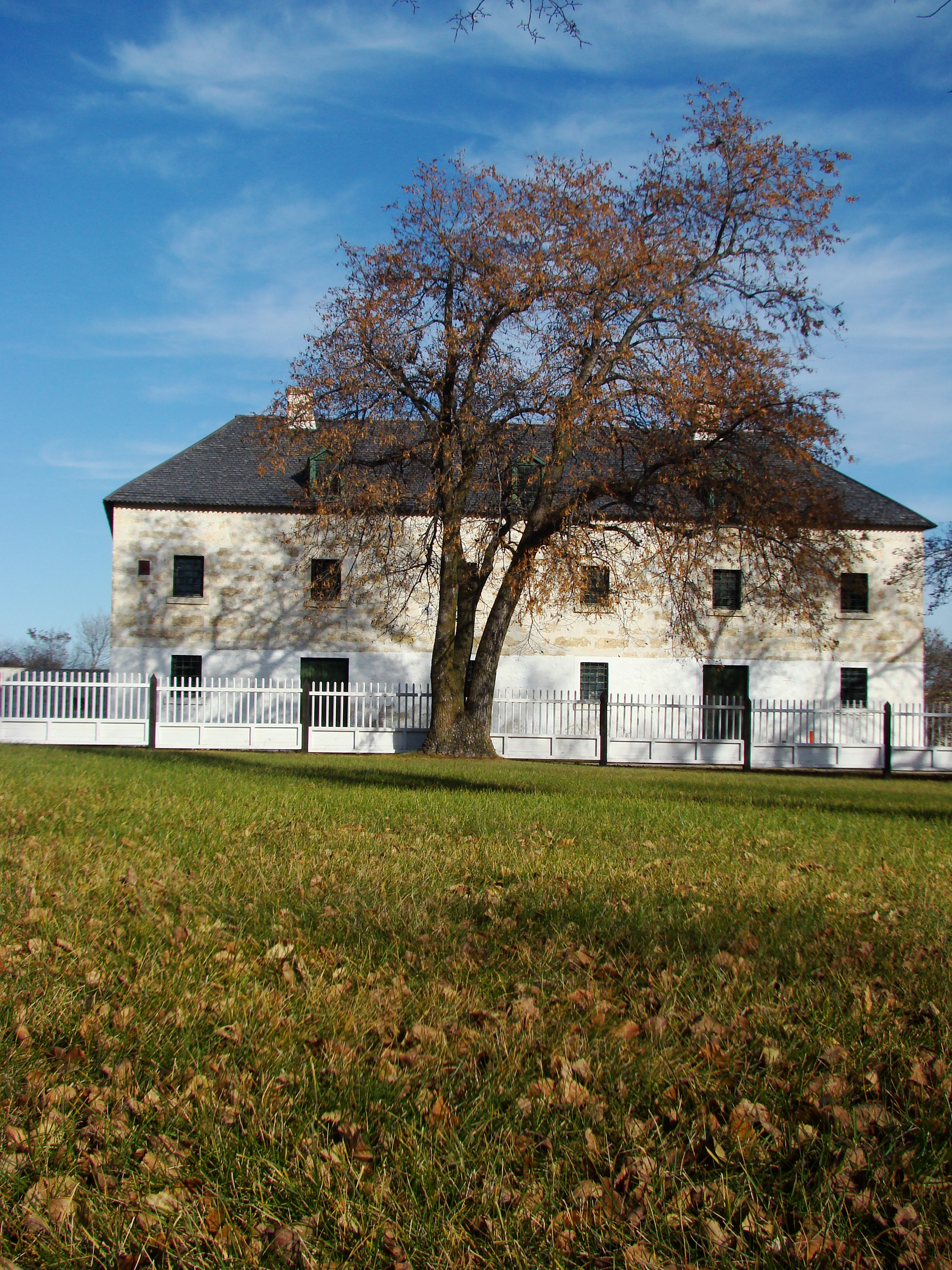 File Lower Fort Garry Historic Site Manitoba Canada 24 Jpg Wikimedia Commons