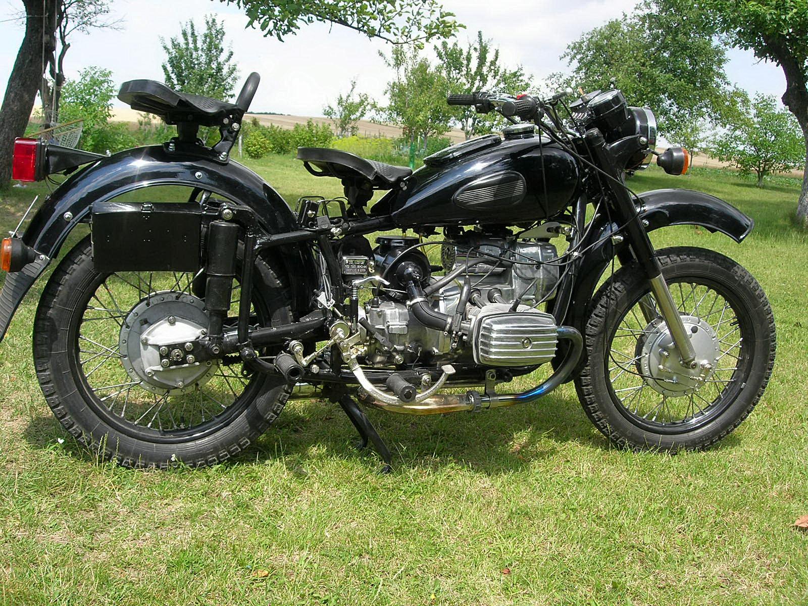 Plik:mt10 dniepr motorcycle