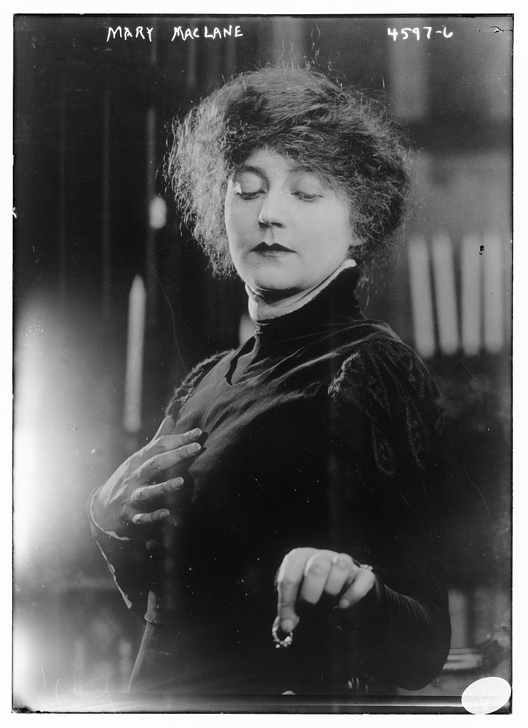 Mary MacLane in 1918.jpg