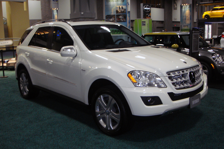 file mercedes ml450 hybrid suv was 2010 9067 jpg wikimedia commons. Black Bedroom Furniture Sets. Home Design Ideas