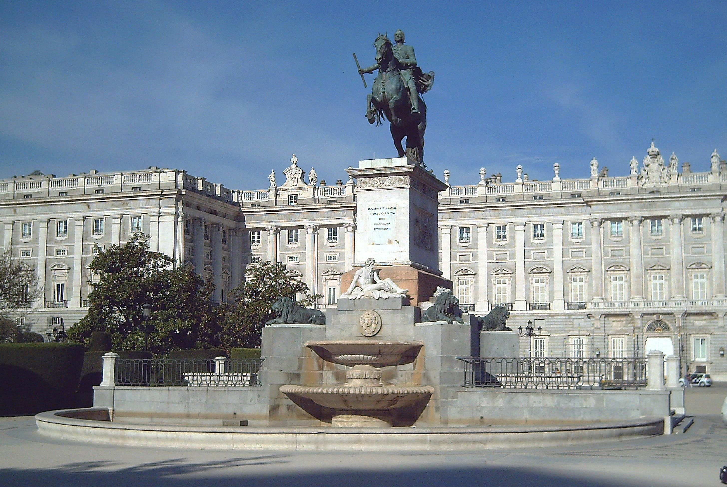Alsr2juan actividad n 1 palacio real catedral de la for Jardines 29 madrid