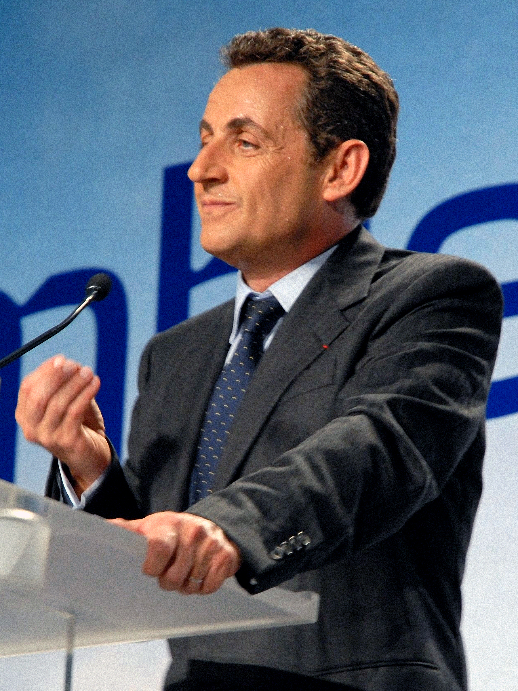 File:Nicolas SARKOZY - SARKOZY meeting in Toulouse for the 2007 French ...