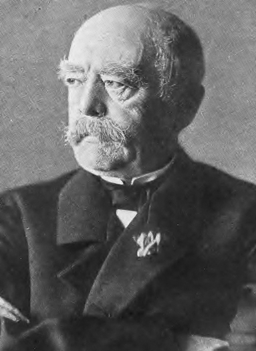 otto von bismarck s achievements How has bismarck escaped most of the blame for the first world war otto von bismarck bismarck's reich pioneered the modern welfare state.