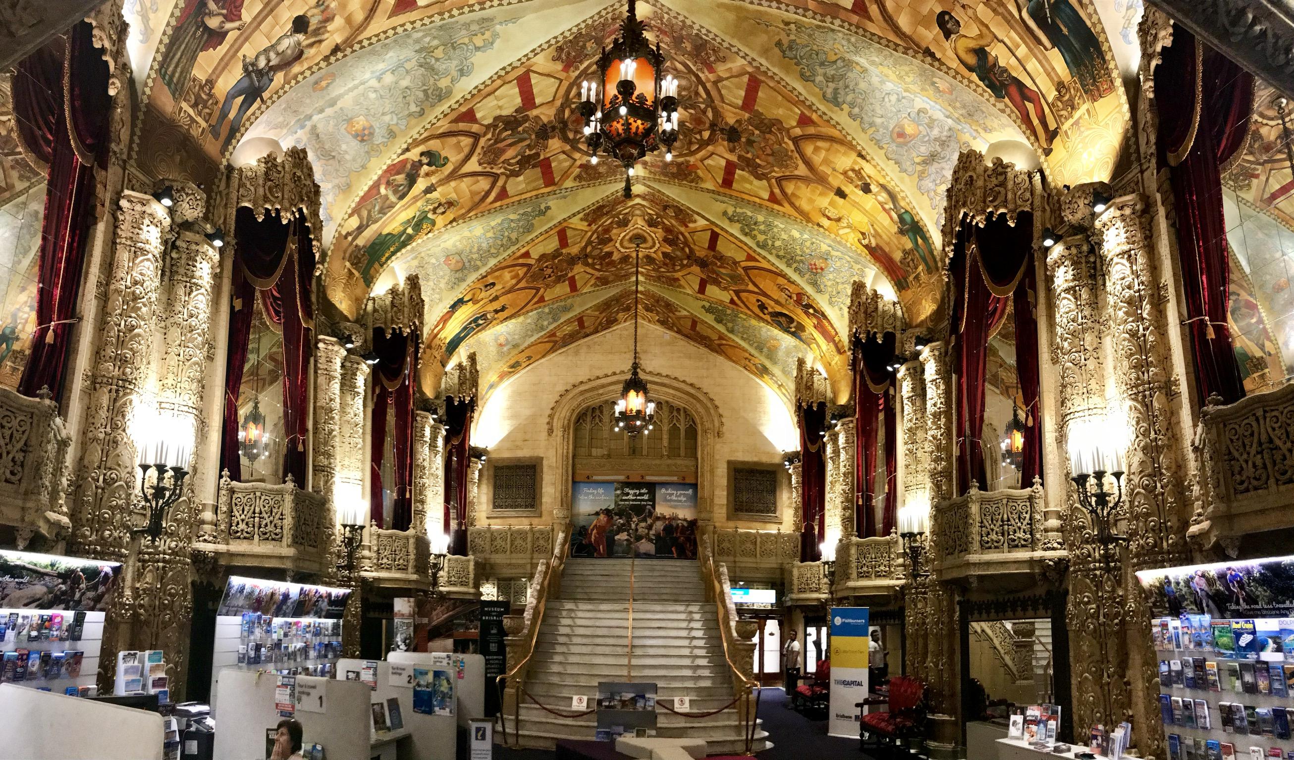 File:Regent Theatre Foyer, Brisbane, Queensland 02.jpg ...