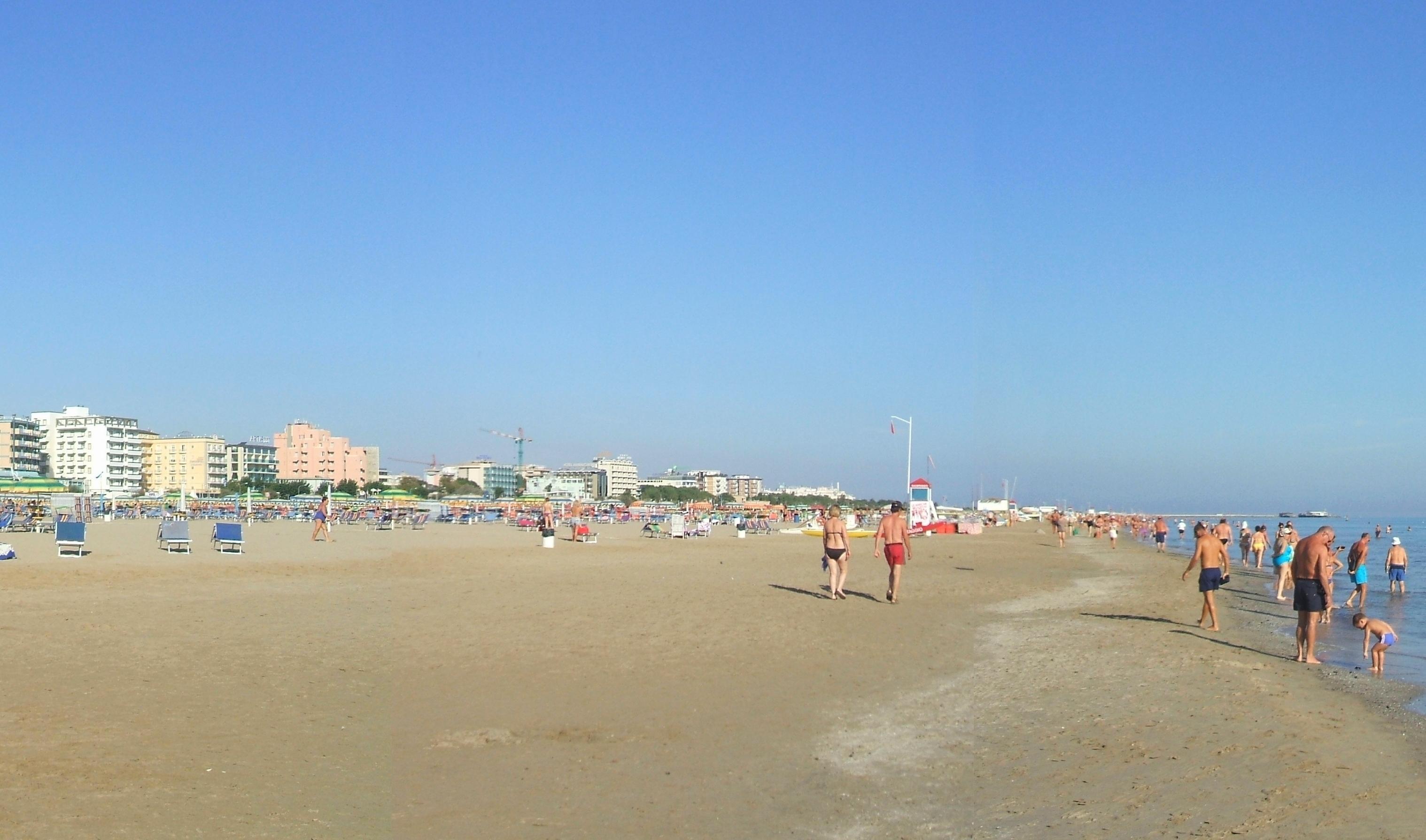 Grand Hotel Beach Resort Sharjah