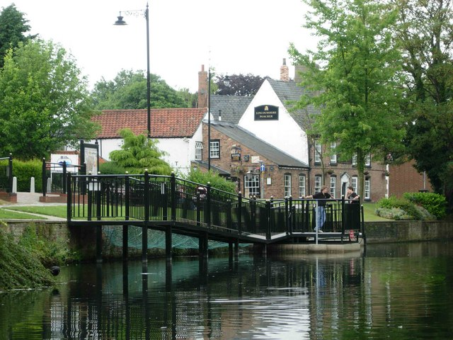 River Welland, Spalding - geograph.org.uk - 191097