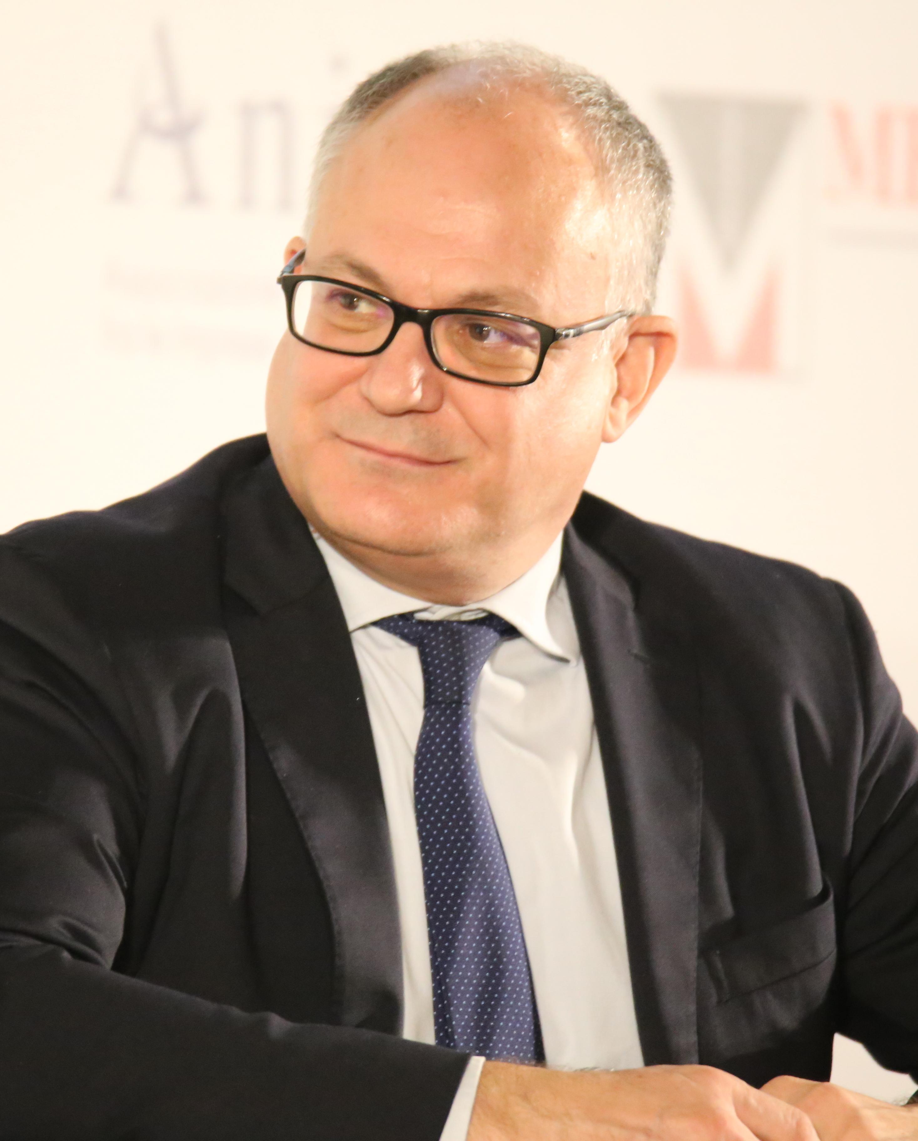 Roberto Gualtieri - Wikipedia