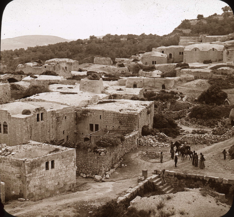 Epístola a los Romanos Samaria_from_the_Minaret_of_Mosque_%284879149239%29