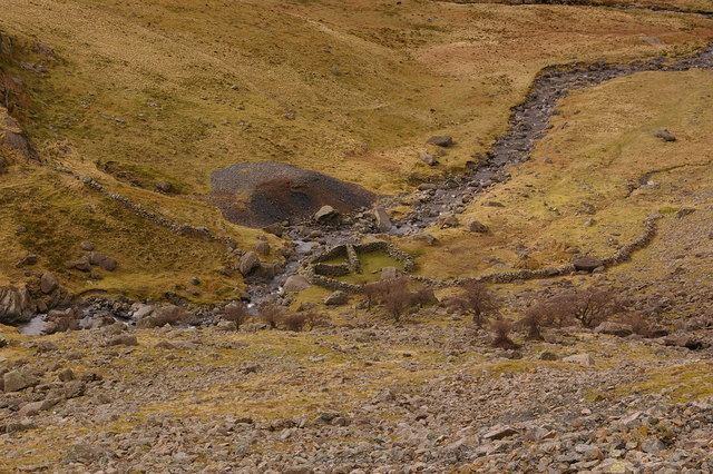Sheepfold in Newlands Valley - geograph.org.uk - 781174