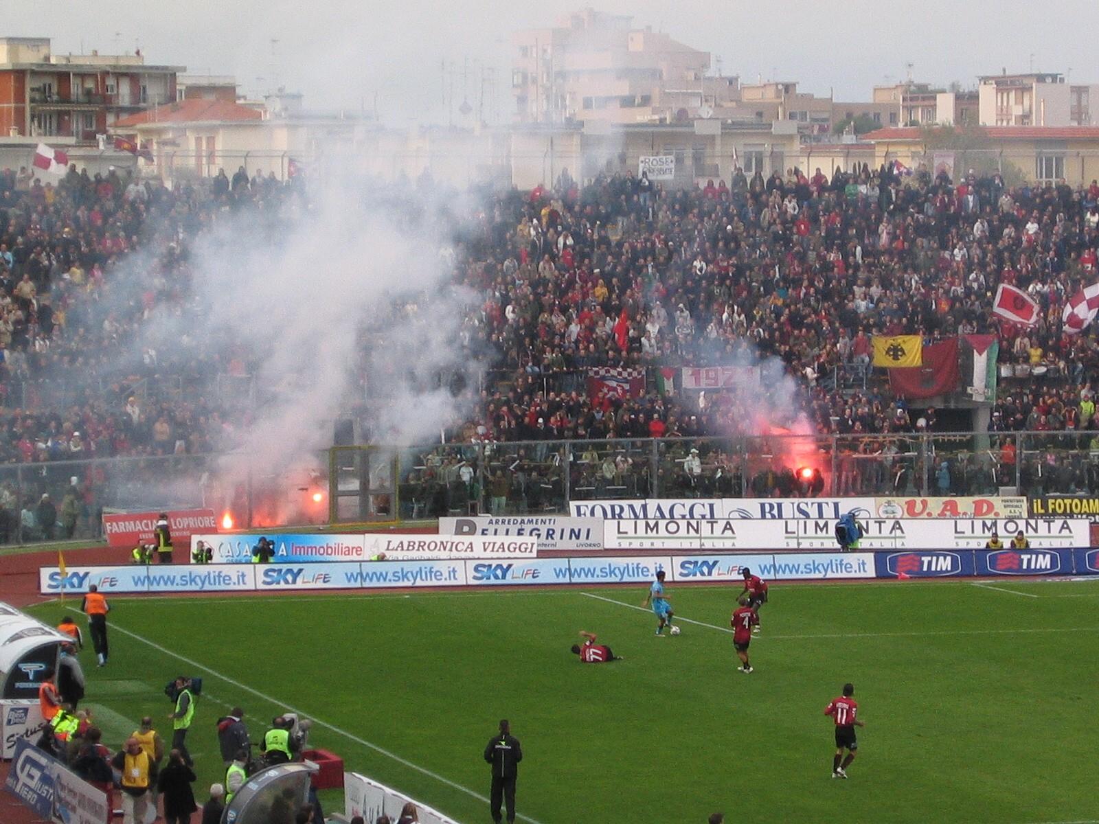 File Stadio Armando Picchi 3 Wikimedia mons