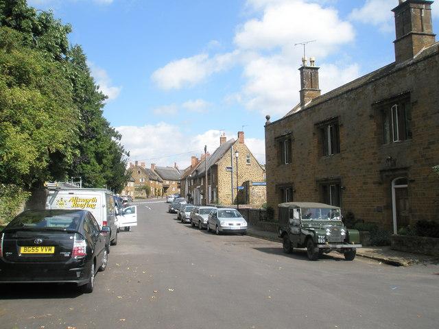 Summer in Adderbury village centre - geograph.org.uk - 1460866