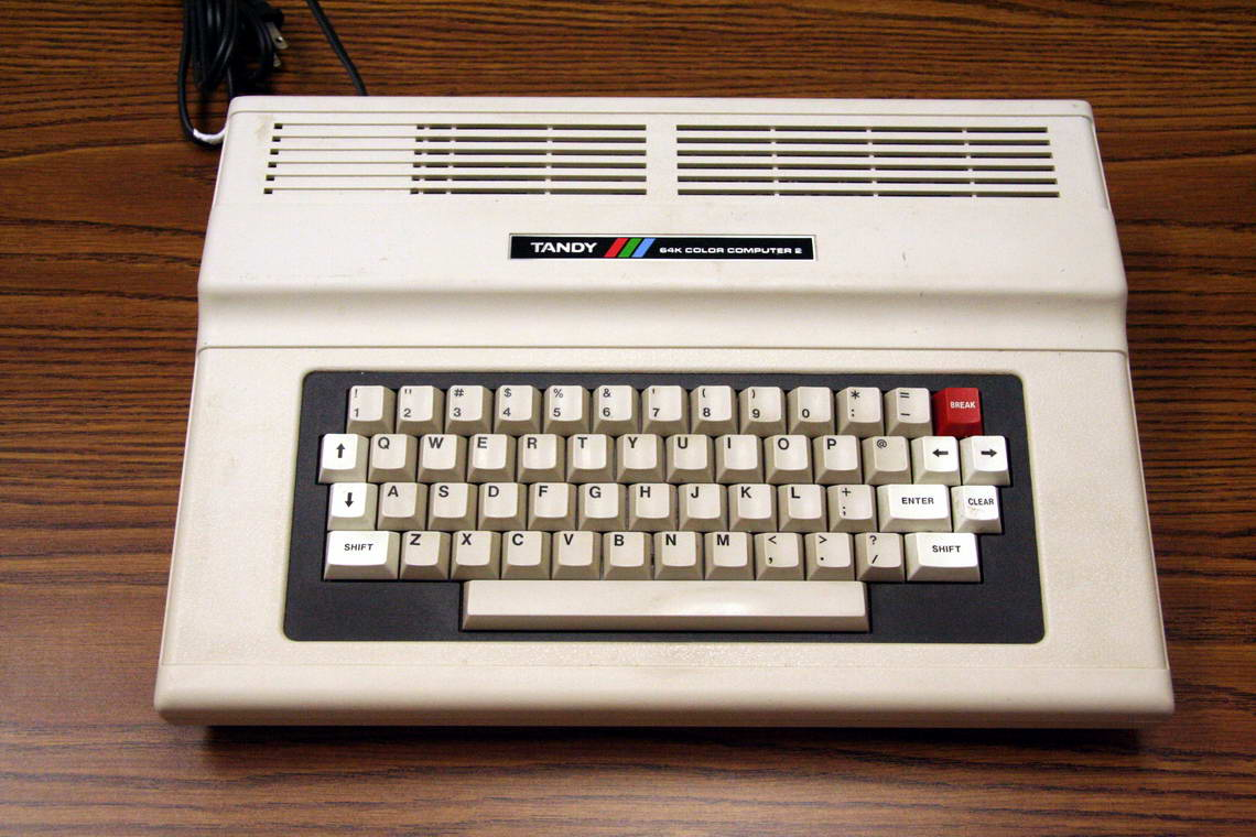 http://upload.wikimedia.org/wikipedia/commons/7/7c/TRS-80_Color_Computer_2-64K.jpg