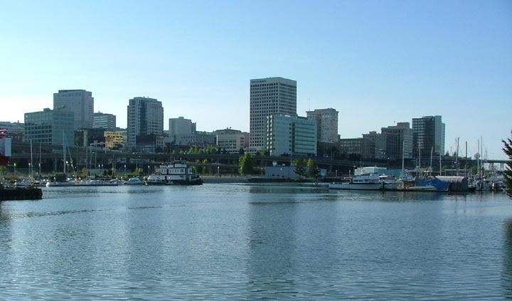 Soubor:Tacoma skyline from Thea Foss Waterway.jpg
