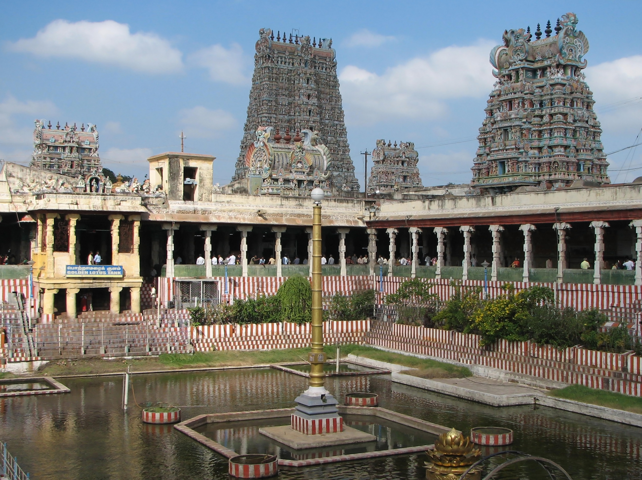 Meenakshi Temple - Wikipedia