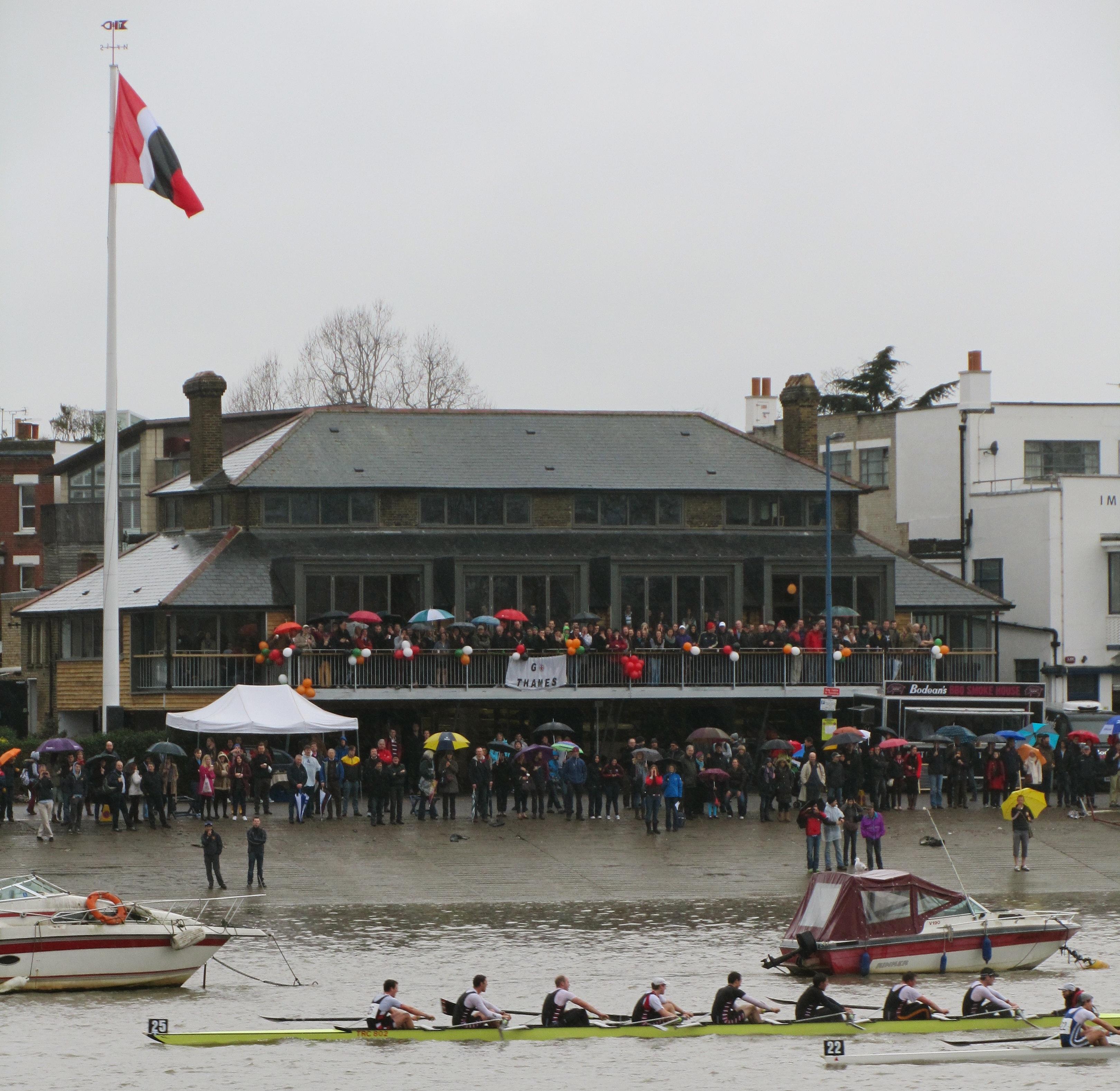 Lewis Rowing Club Thames Rowing Club