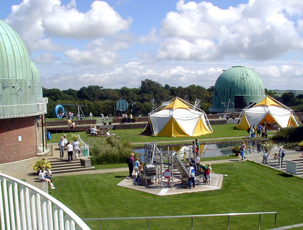 File:The Observatory Science Centre.jpg - Wikimedia Commons