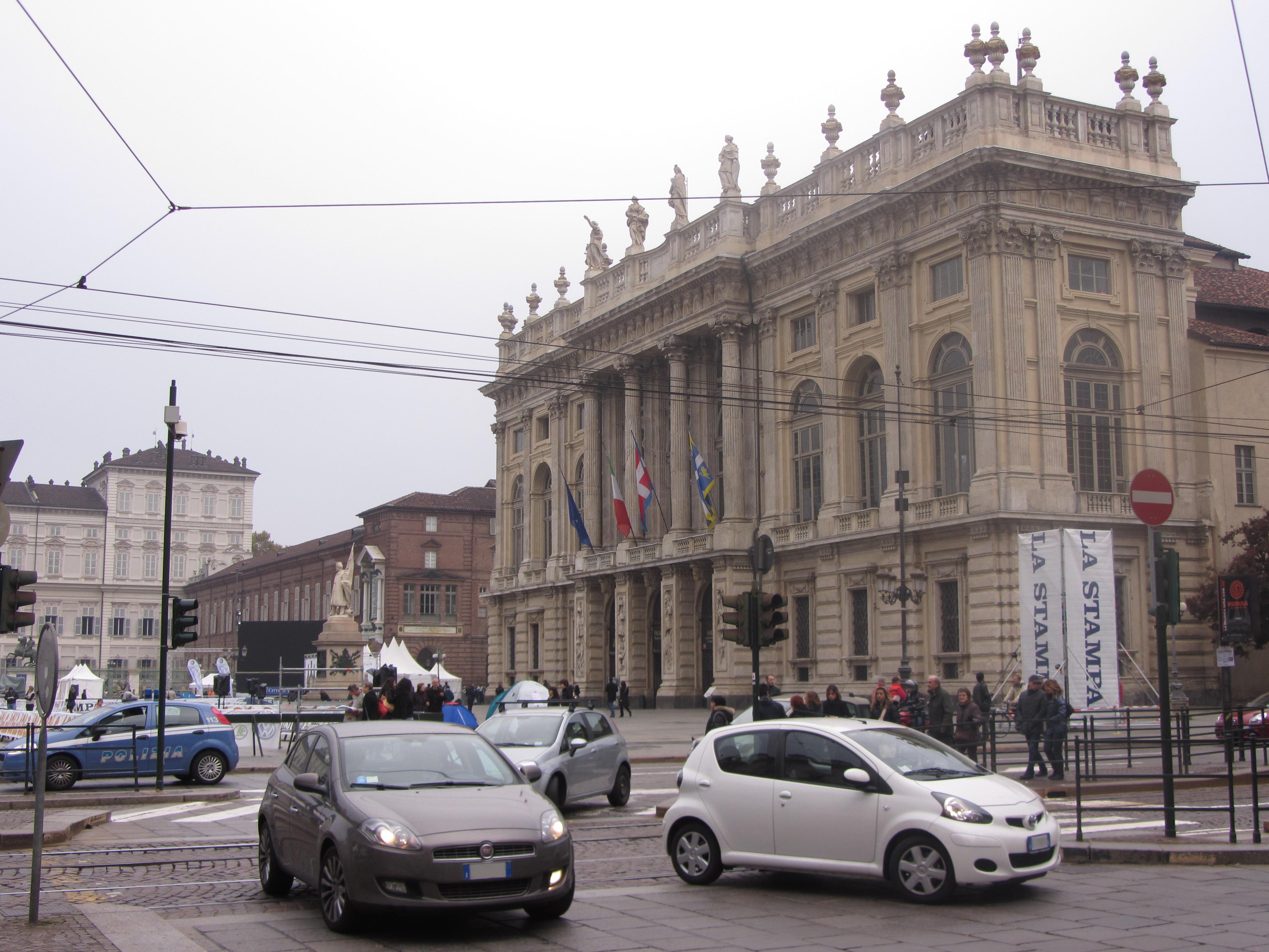 File Torino Auto Fiat E Madama Jpg Wikimedia Commons
