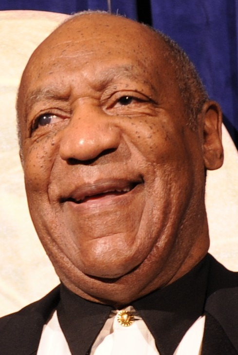 US_Navy_100915-N-4790M-040_Lanier_Phillips,_left,_Bill_Cosby_and_Ed_LeBaron_pose_for_a_picture_before_receiving_the_Lone_Sailor_Award_at_the_Nation_(cropped_to_Cosby).jpg (489×729)