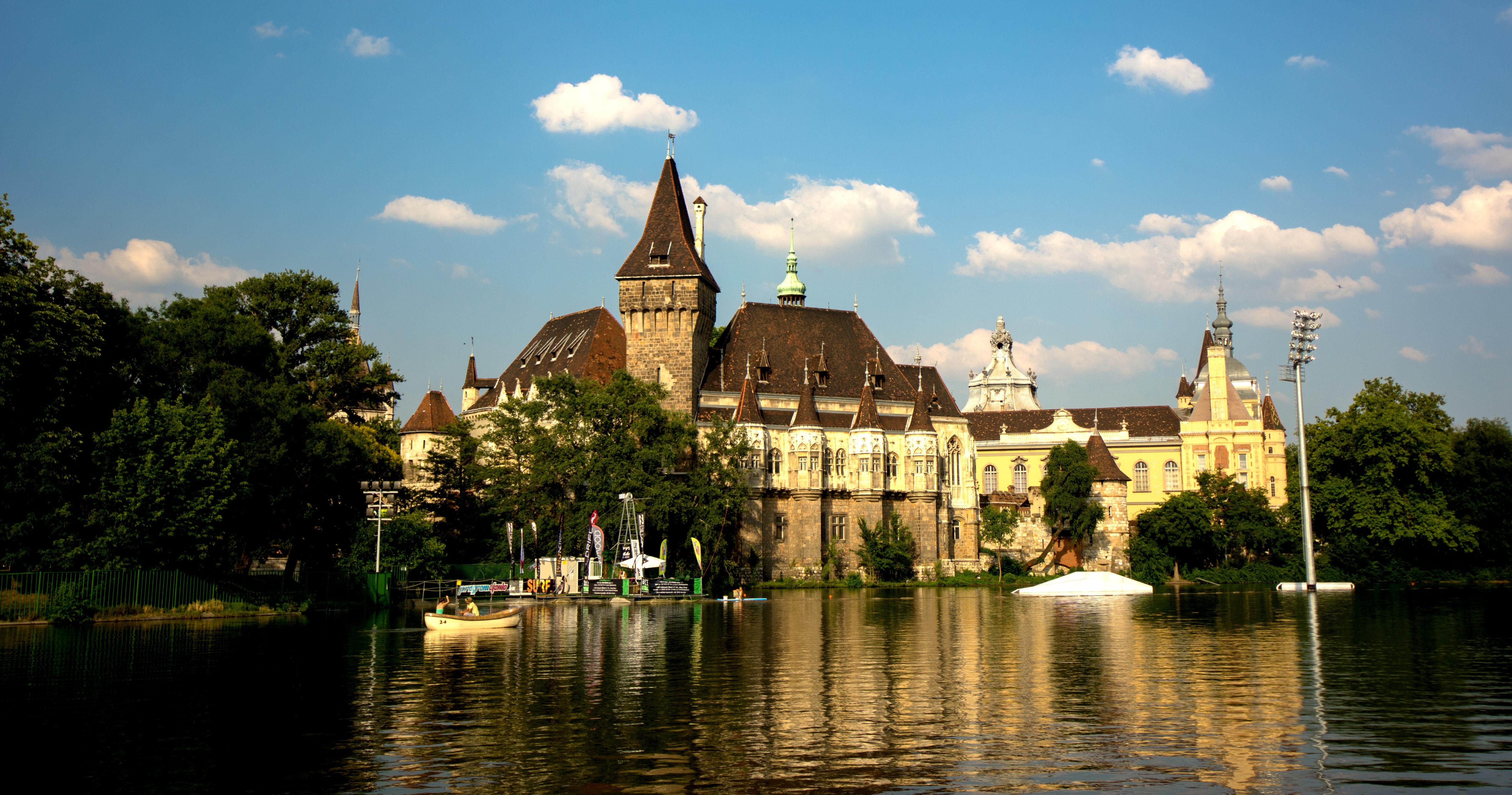 vajdahunyad castle - wikipedia