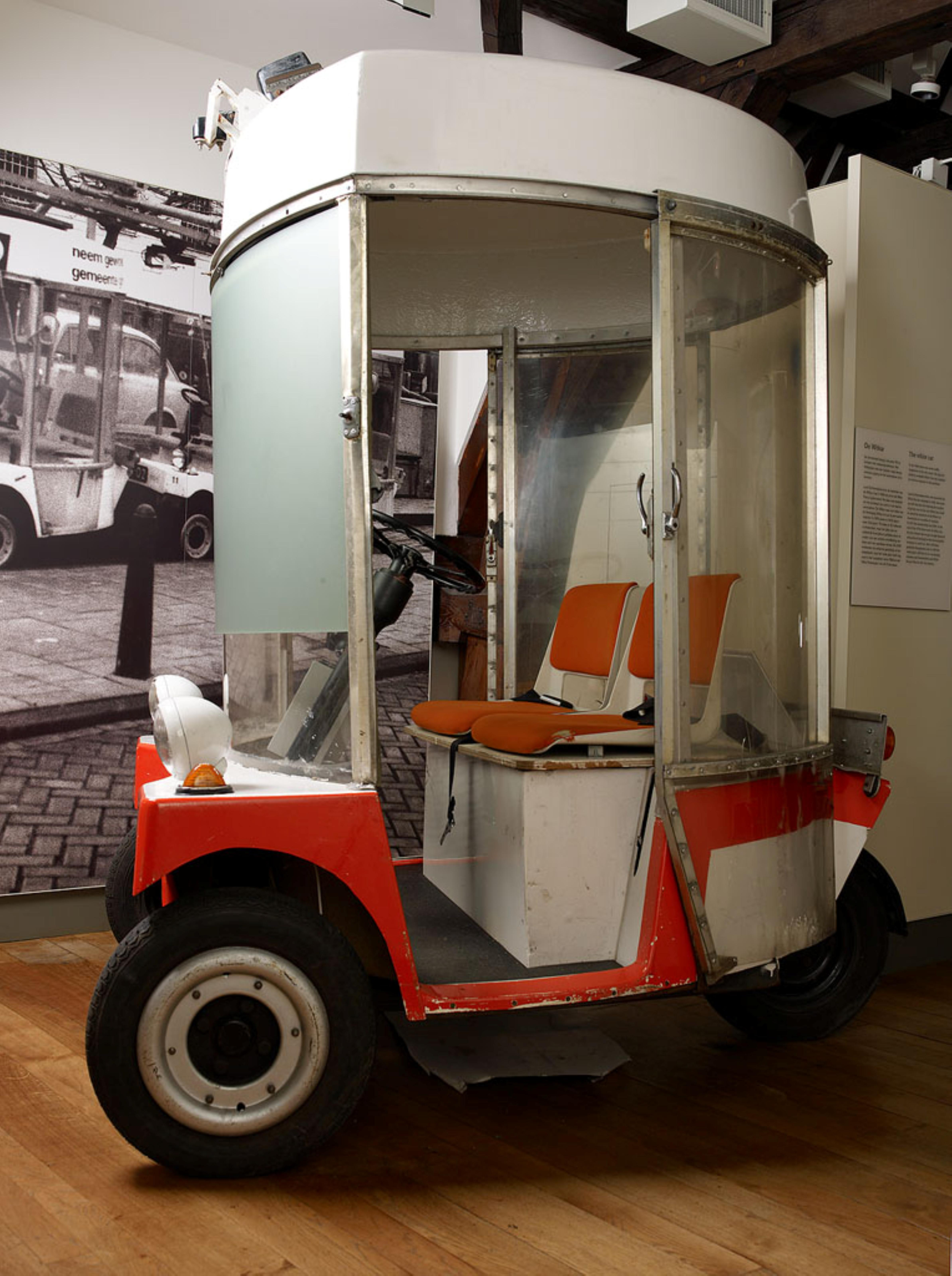 Nikola Tesla World Changing Inventions Discoveries Gallery 1 together with Photos The Best Farmers Inventions Of 2015 furthermore Wi ar also Motocar furthermore Sinclair C5 Ceases Production. on electric car inventor