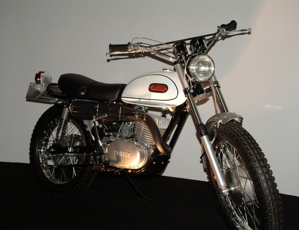 Dt Yamaha  Cafe Racer