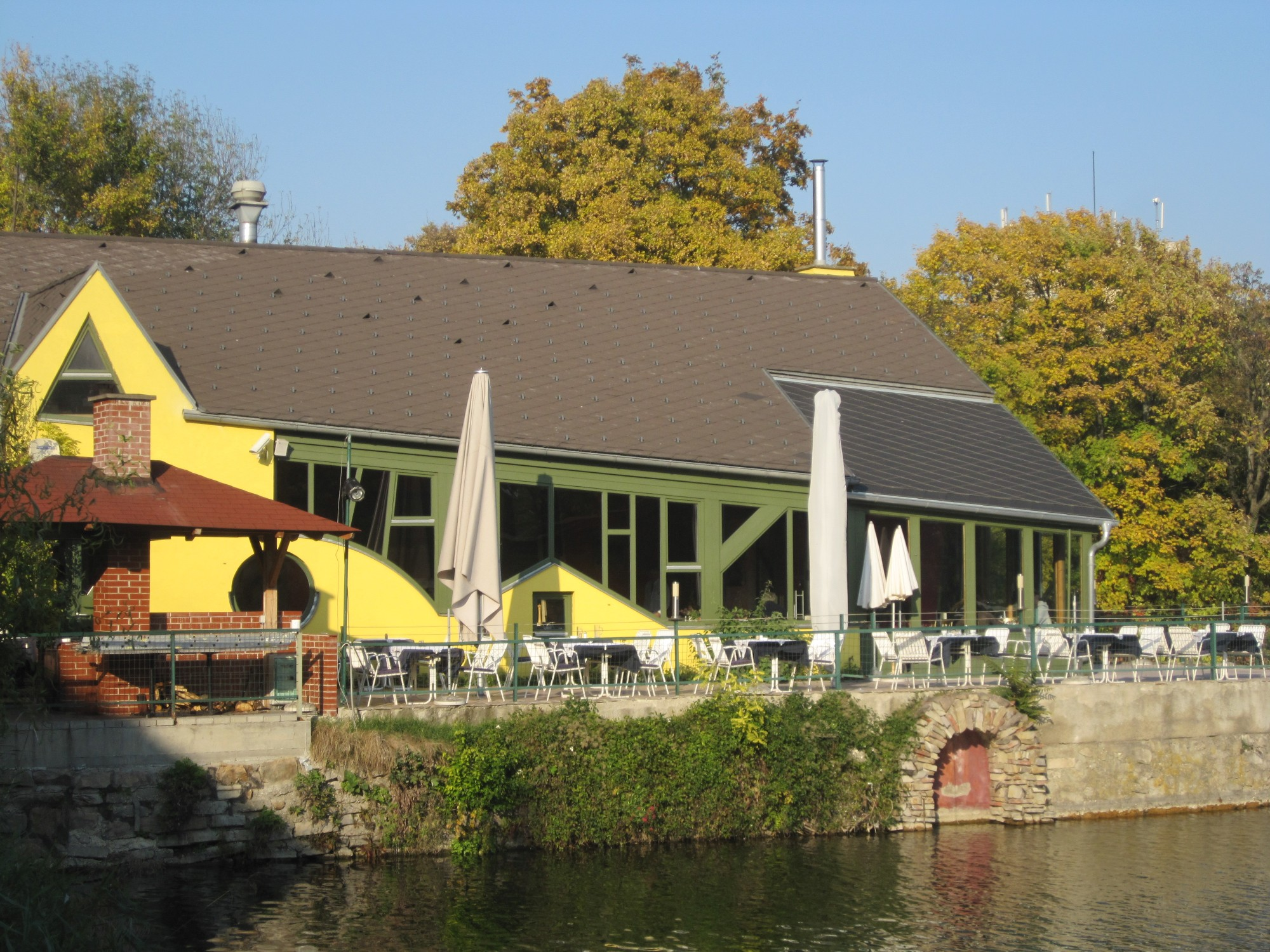 File1210 An Der Oberen Alten Donau 6 La Créperie Img 3821jpg