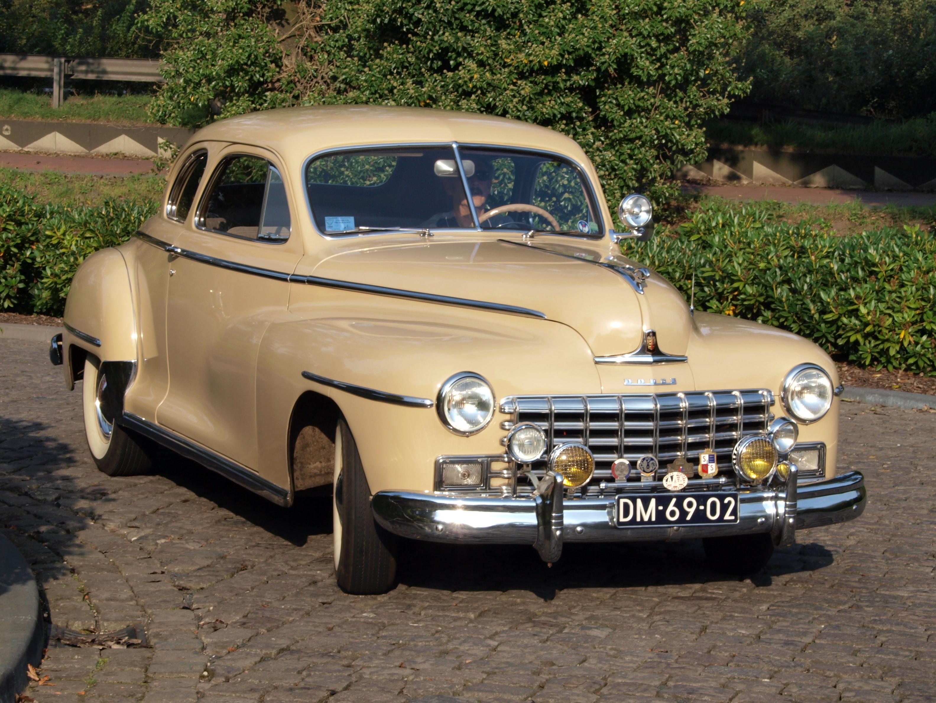 File 1948 Dodge Custom Club Coupe Photo 2 Jpg Wikimedia