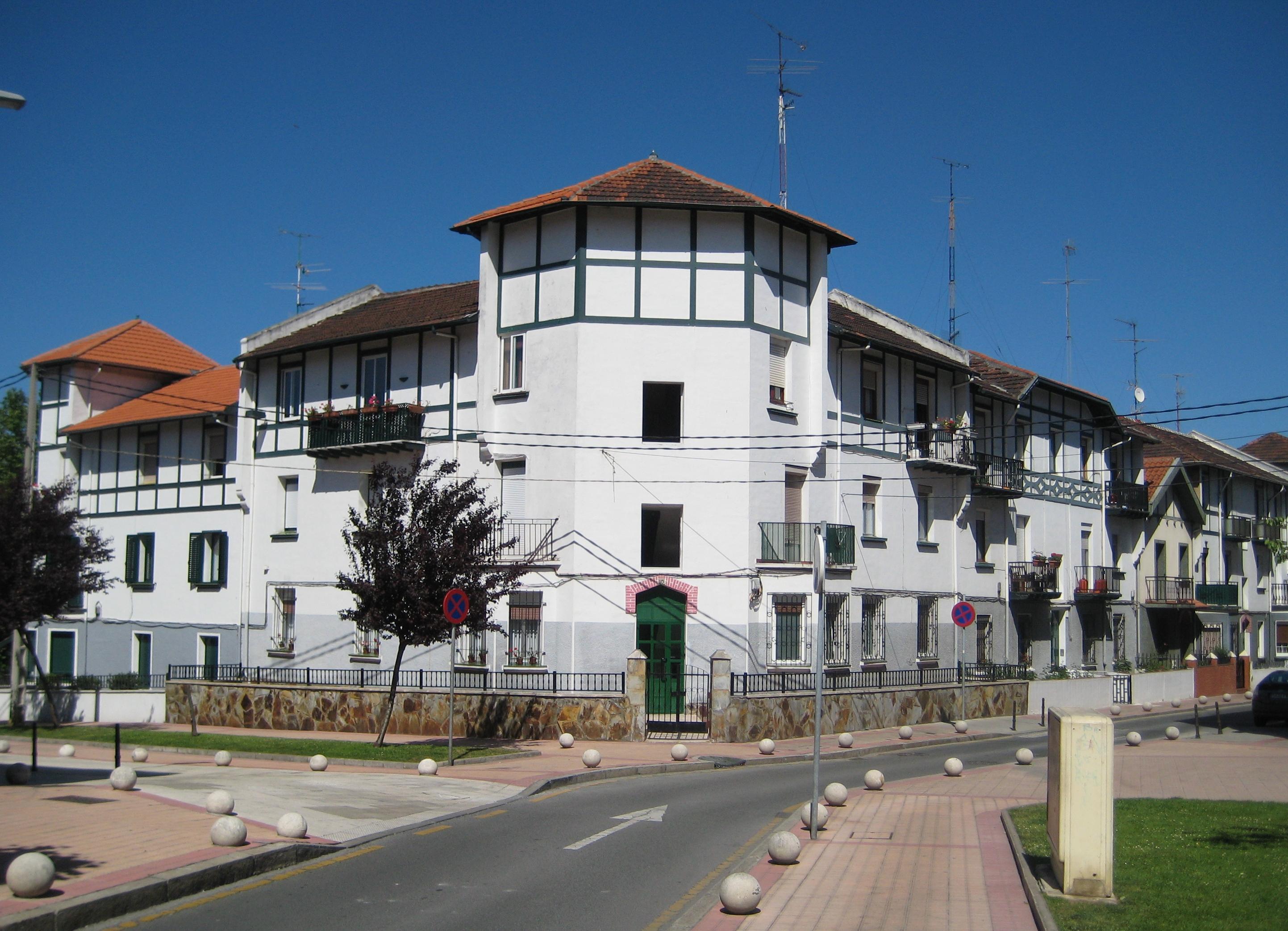 File 2010 06 barakaldo casas baratas for Casetas economicas
