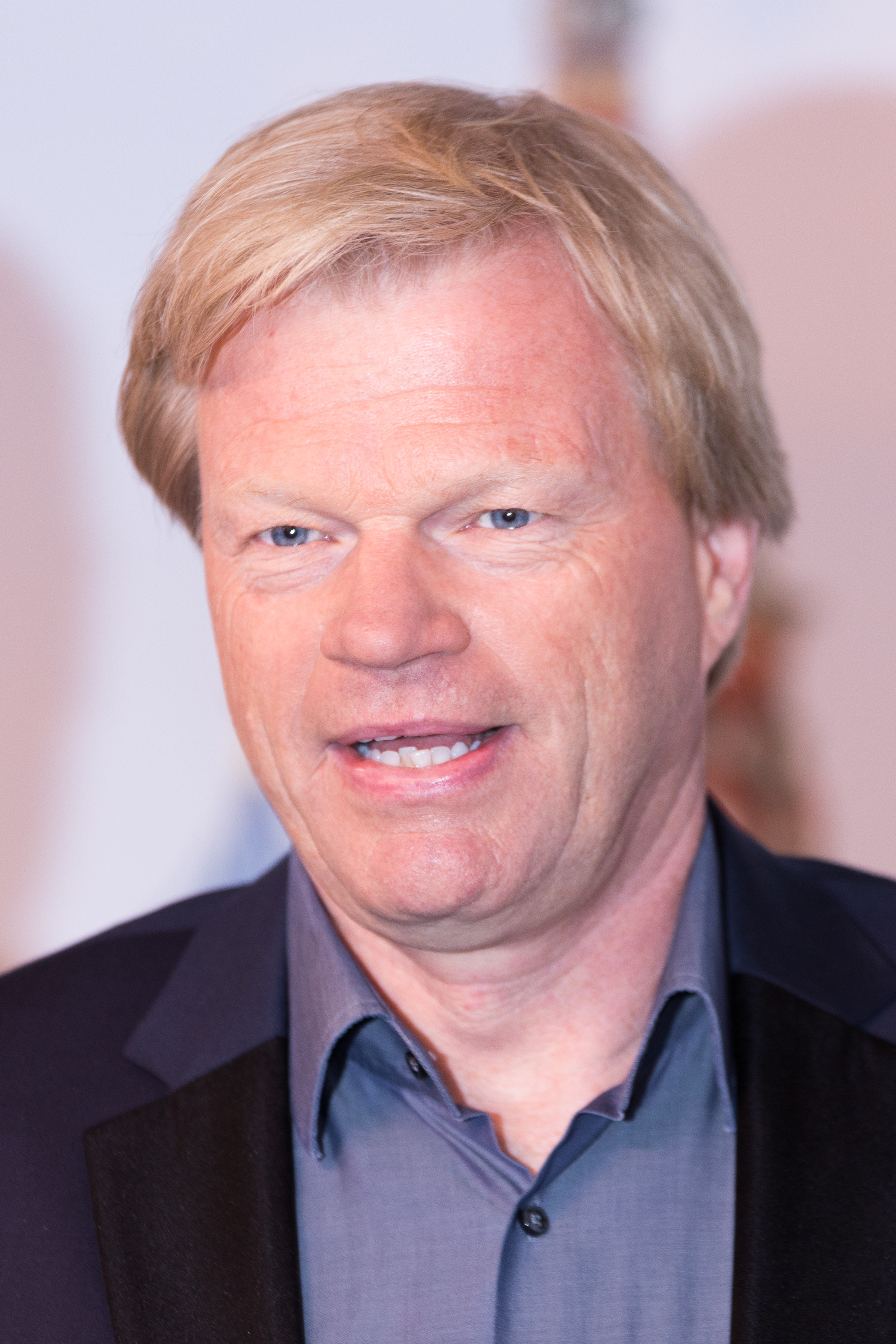 The 48-year old son of father Rolf and mother Monika Oliver Kahn in 2018 photo. Oliver Kahn earned a  million dollar salary - leaving the net worth at 100 million in 2018