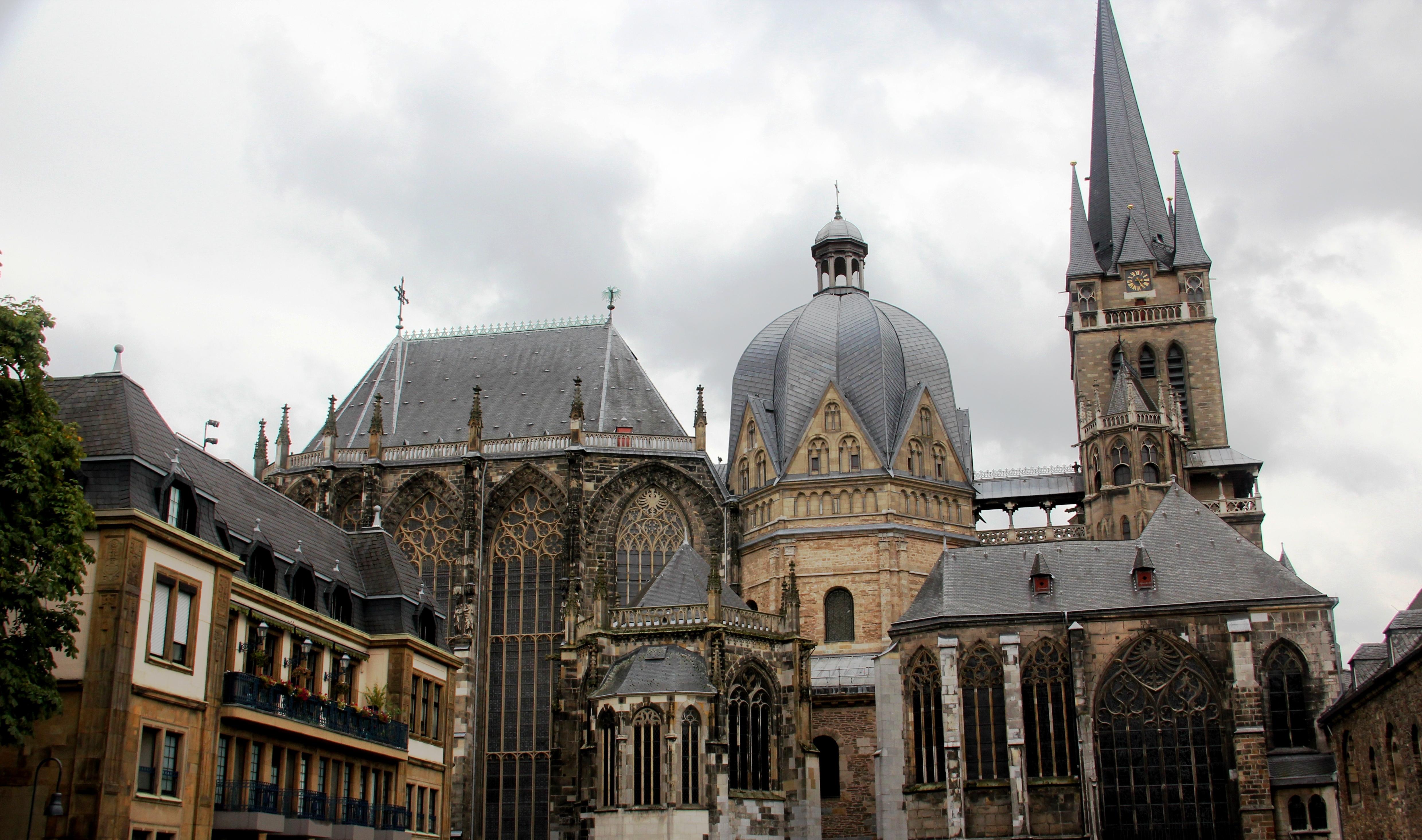 Aachen frau sucht mann