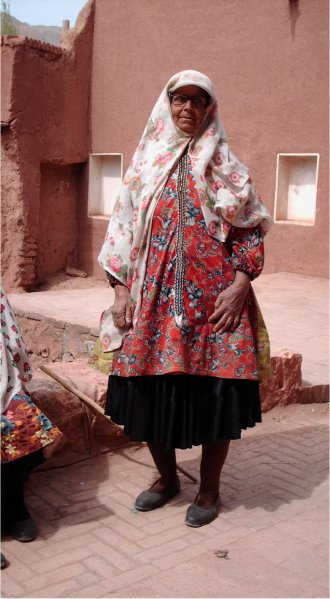 LE TCHADOR Abyaneh_costume