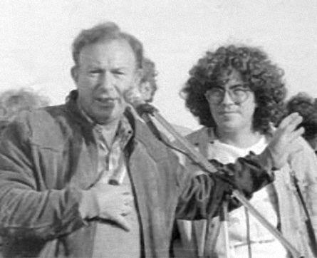Piero con el padre Alejandro Mayol en los años 1970.