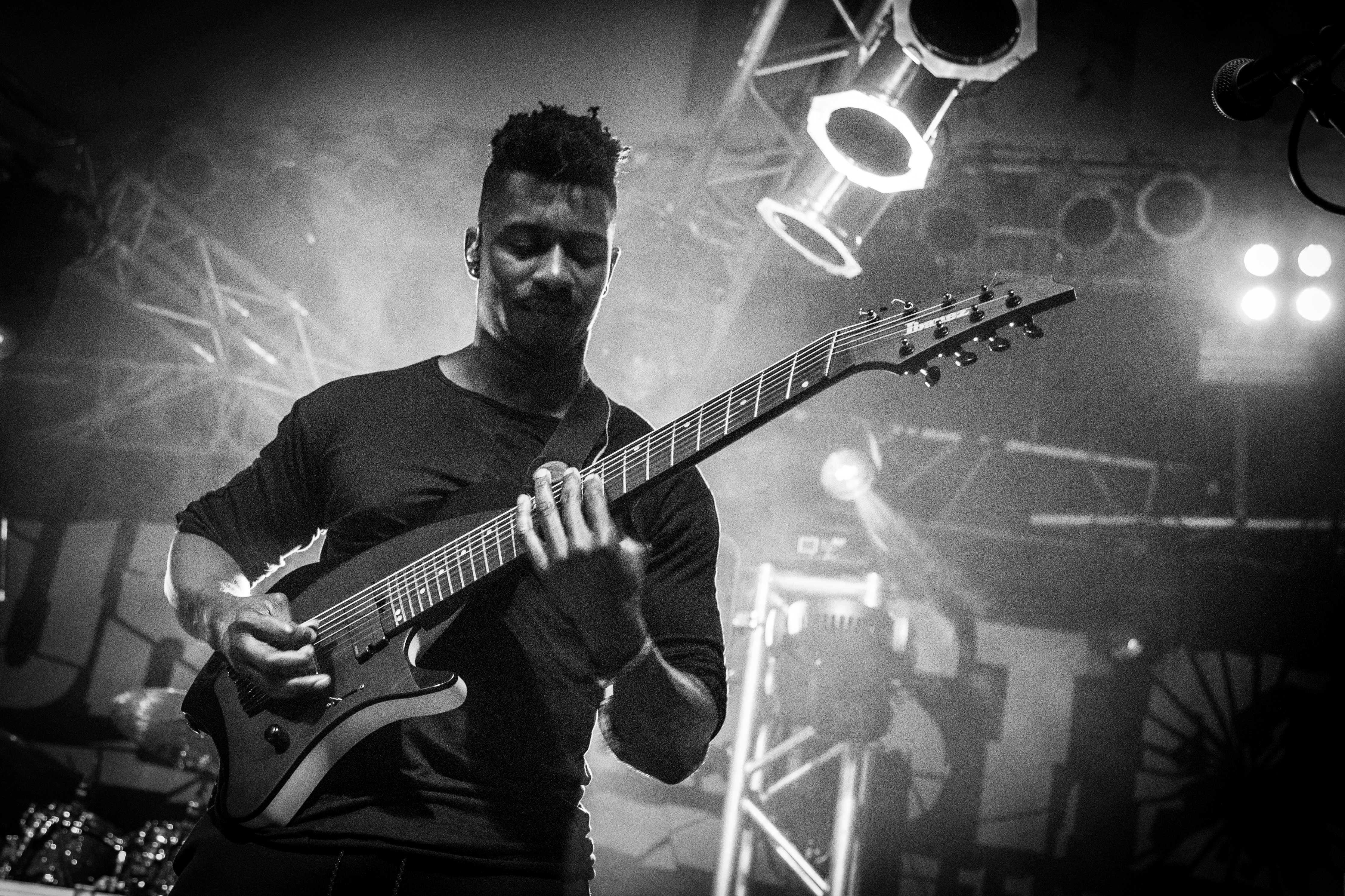 Picture of a band or musician: Tosin Abasi