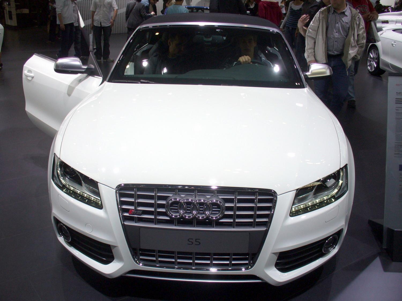 File:Audi S5 Cabrio JPG - Wikimedia Commons