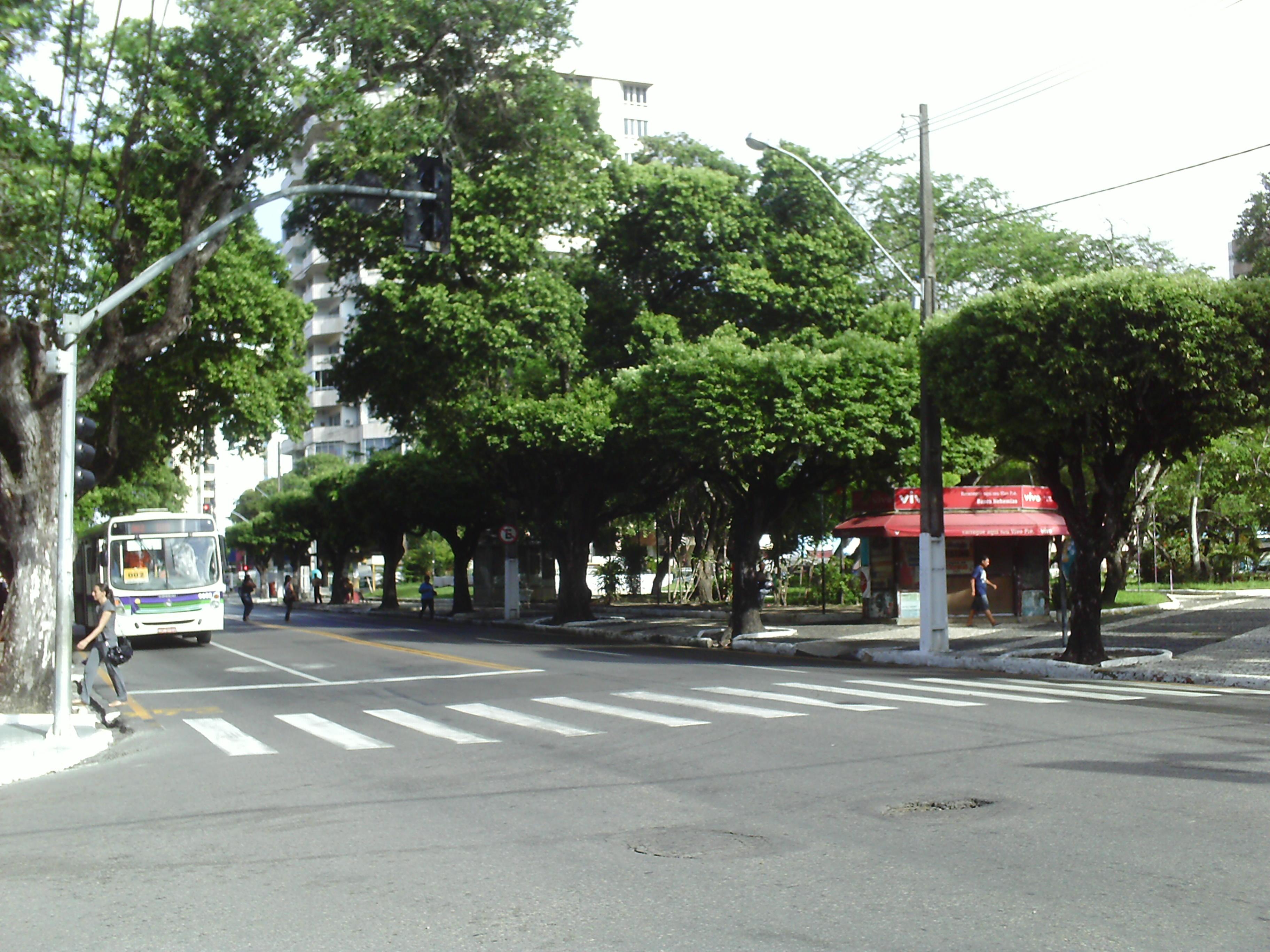File Avenida Barão de Maruim.JPG - Wikimedia Commons 3efebadb25