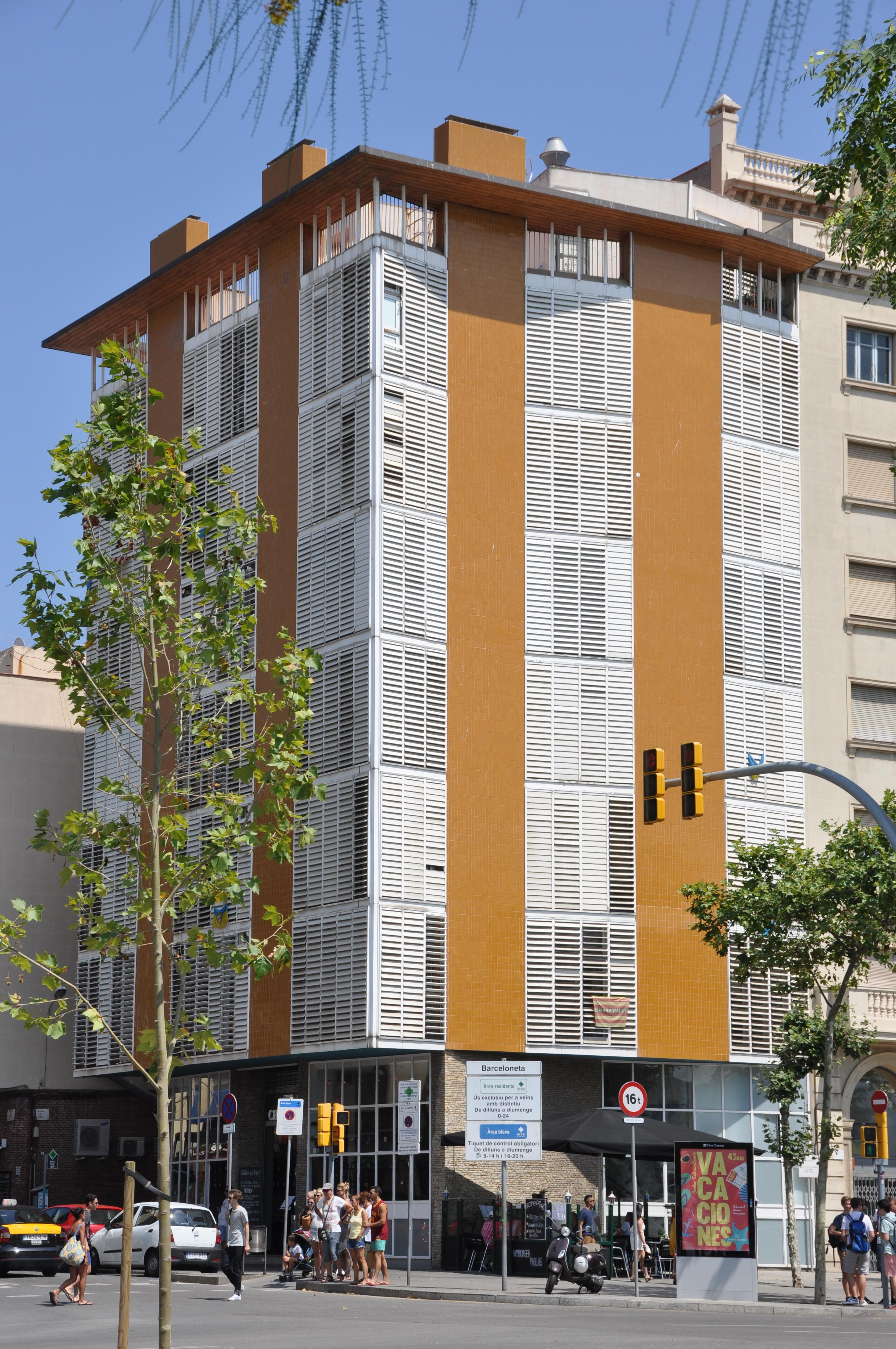 File barcelona la barceloneta apartment building 1952 1954 jos a coderch and manuel valls - Apartamentos en la barceloneta ...