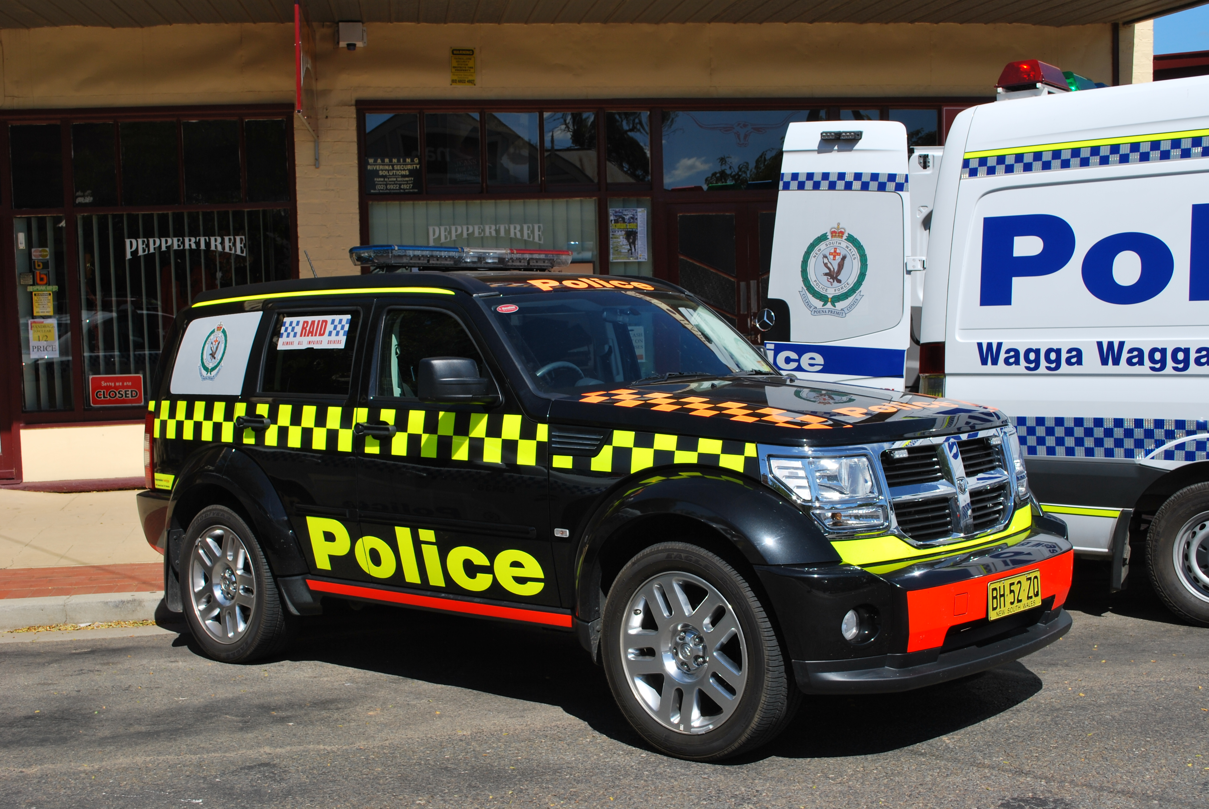 File Berrigan Nsw Police 150th Anniversary Police Car 003