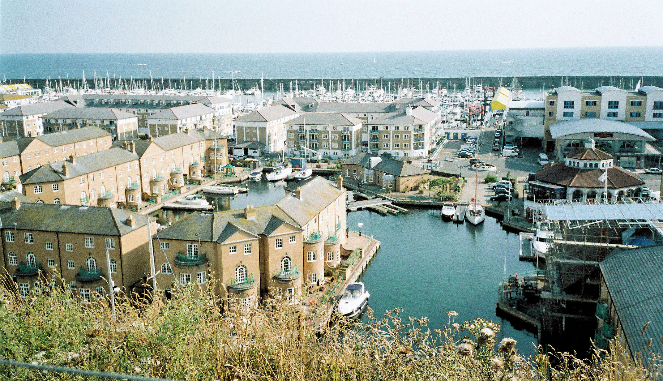 File Brighton Marina Sussex Uk Jpg Wikimedia Commons