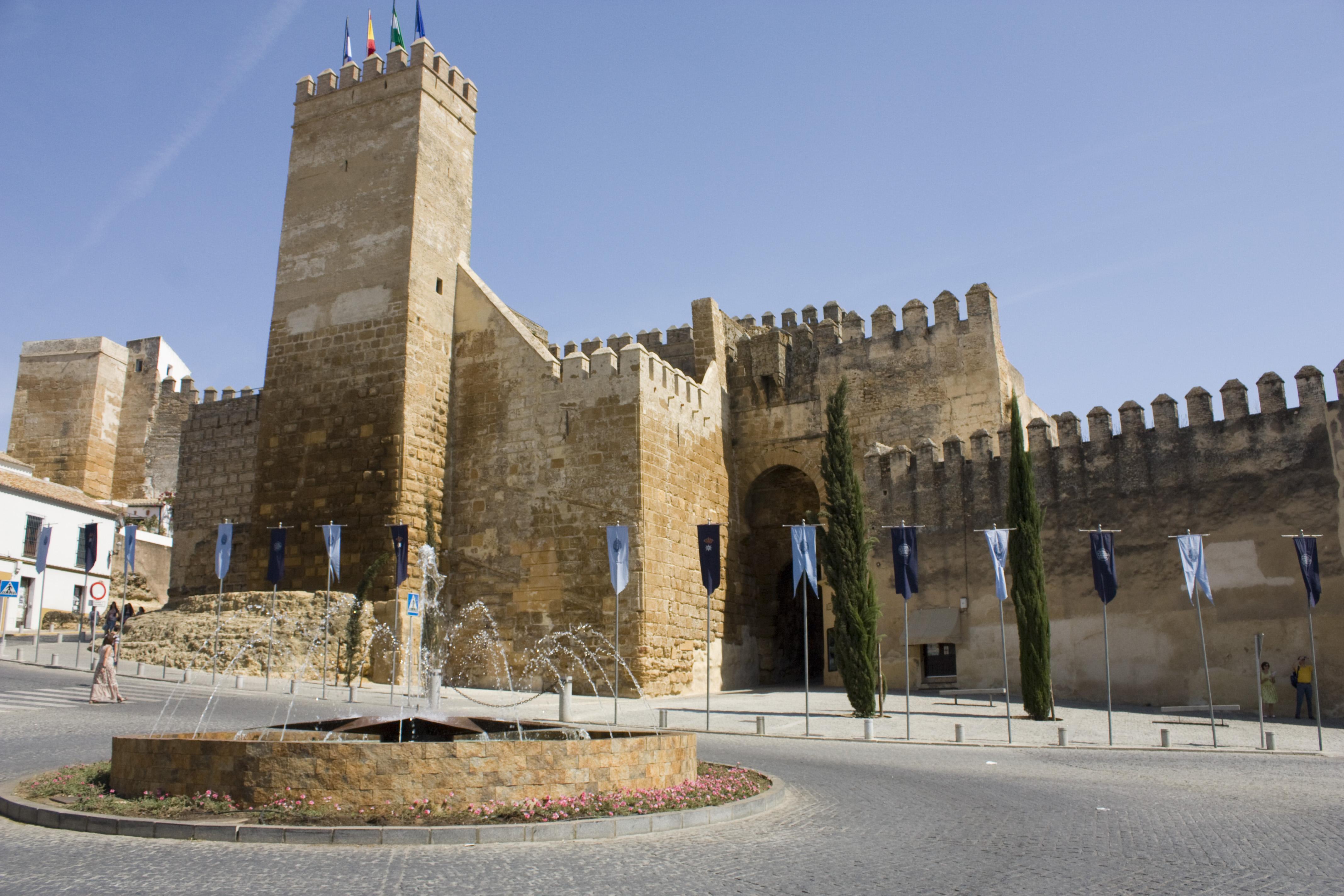 File carmona puerta de sevilla wikimedia for Puerta de sevilla carmona